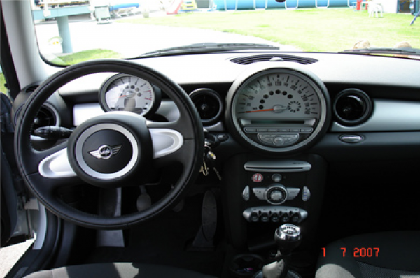 mini cooper one interieur blog de minicooper s jcw. Black Bedroom Furniture Sets. Home Design Ideas