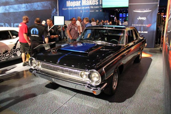 Best of SEMA 2010 - Mopar Madness 64