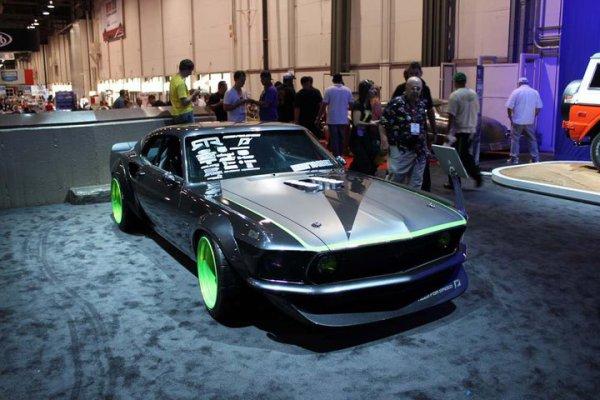Best of SEMA 2010 - Nice Mustang