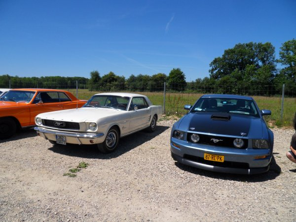 MUSTANG NAT'S 2011 - PARKING ANCIENNES