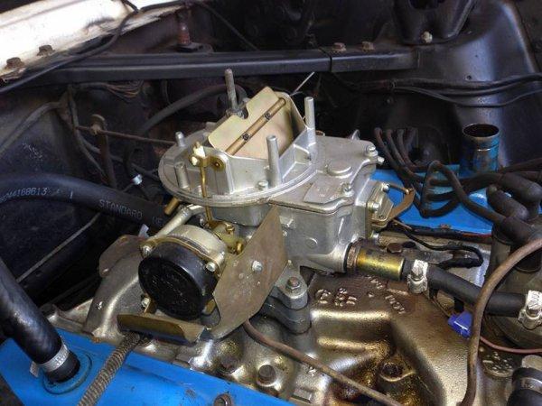 Carburateur monté ... sur son 289 CI