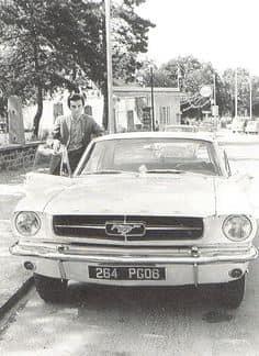 Dick Rivers avait été un des premier en France a avoir une Ford Mustang RIP MR Dick Rivers