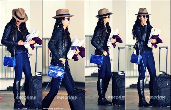 .  24.02 Nina à été vue quittant l'aéroport de LAX hier   .