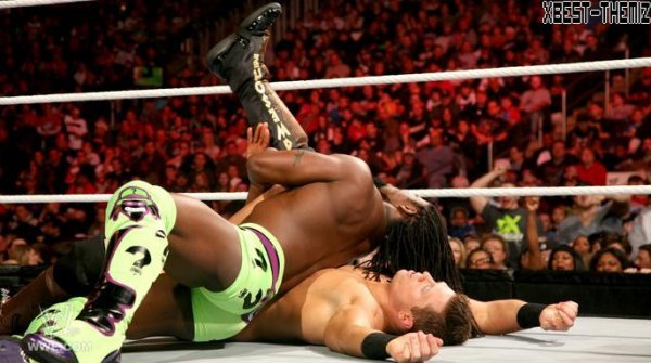 Raw - 30/01/12 : The Miz vs Kofi Kingston .
