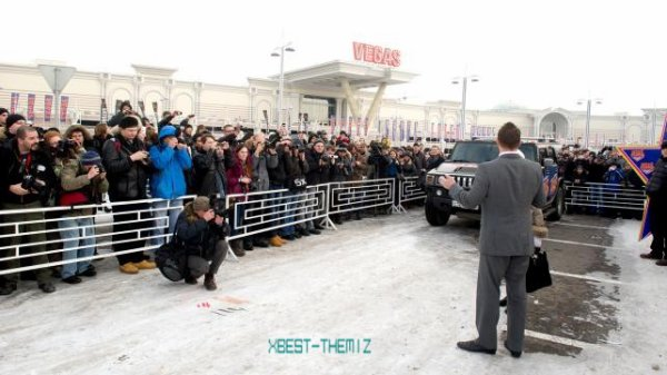 The Miz rend visite a la Russie