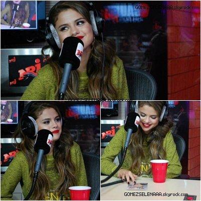 • 27/05/13 :  Selena au studio NRJ à Paris.