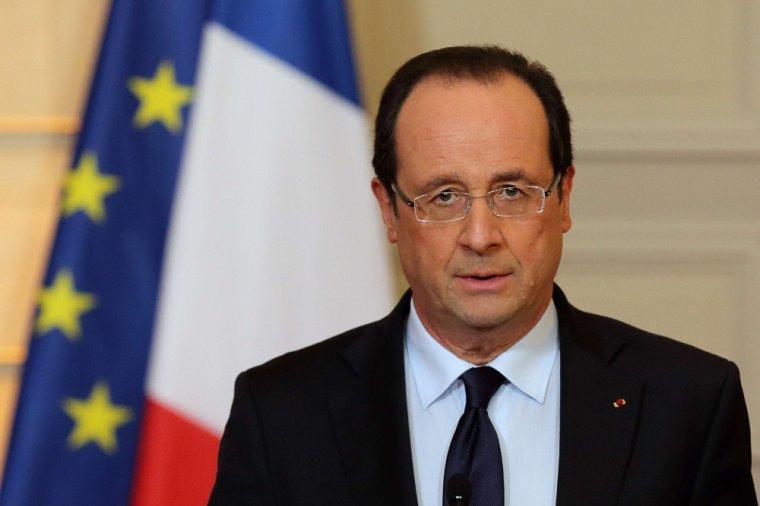 """Européennes: """"Sortir de l'Europe, c'est sortir de l'Histoire"""", selon François Hollande"""