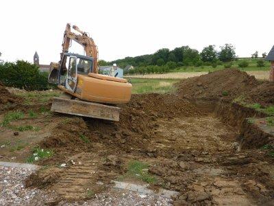 En juin, excavation par l'entreprise Socoma de Brumath
