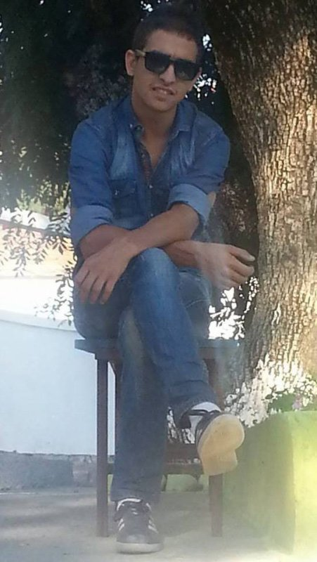 Azul felawen ; bonjour tout le monde ; salamo 3alaykoum ; HOLA ; Hey <3
