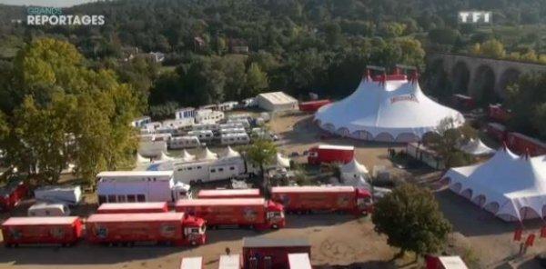 Un Grand Cirque Français a repris la route .