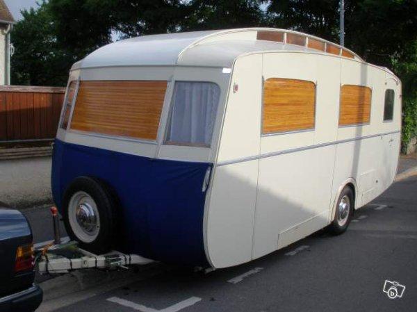 tiens une superbe notin sur leboncoin caravane ode la caravane. Black Bedroom Furniture Sets. Home Design Ideas