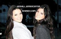 Photo exclusive de Kendall et Kylie (pas très bonne qualitée, désolée)