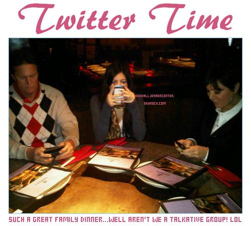 TWITTER : Kendall a changé sa photo twitter,elle a desormais une photo tiré du photoshoot pour Lucca Couture. Elle a aussi posté une nouvelle photo de sa famille au restaurant.  Et toi ? Tu les trouve comment ?