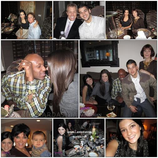 NEWS :  Kendall et sa famille fetant Thanksgiving   Et toi ? Tu les trouvent comment les photos ? Kendall est sublime (: