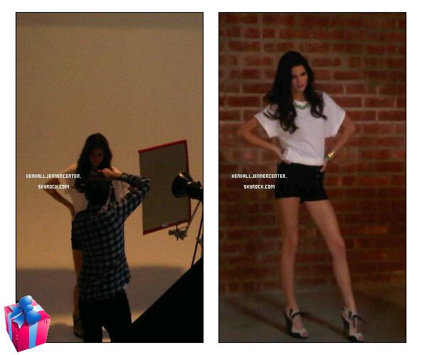 PHOTOSHOOT : Deux photos de Kendall sur le photshoot pour la cover d'un magazine. Elle a aussi posté un nouveau tweet (ci dessous).  Et toi ? Es-tu pressé de voir ce photoshoot ?
