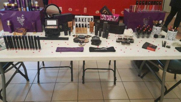 Expo MakeUp