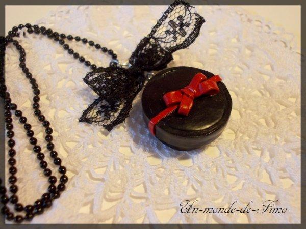 Cinq-cent-vingt-quatrième objet:   Collier romantique ♥