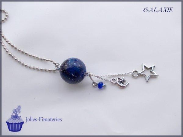 Cinq-cent-quarante-deuxième objet:   Galaxie, la tête dans les étoiles!