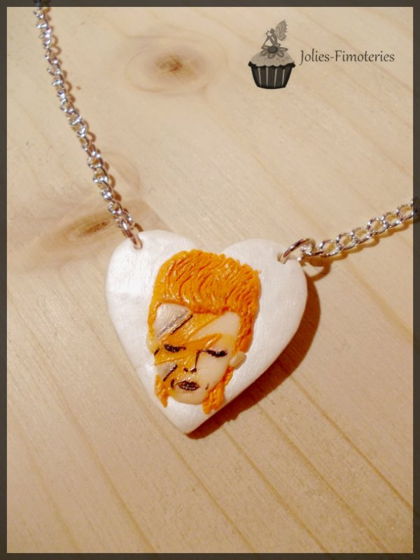 Cinq-cent-quarante-troisième objet:   David Bowie!