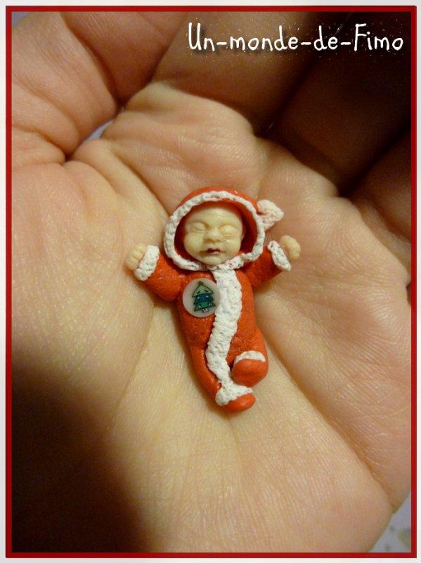 Cinq-cent-soixante-cinquième objet:   Petit bébé de Noël ♥