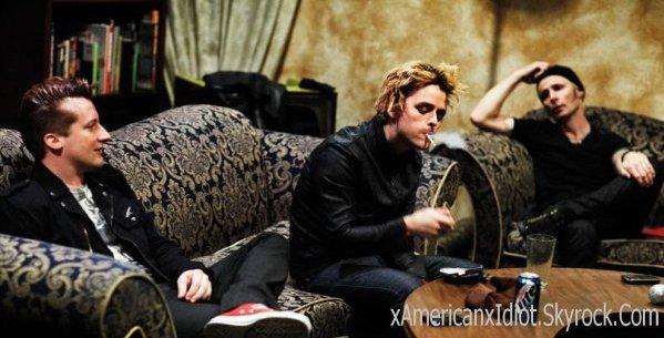 Green Day, mes idoles , ma vie depuis 2004. 2004, ils débarquent dans ma vie & Ils sont pas prêts dans ressortir.♥