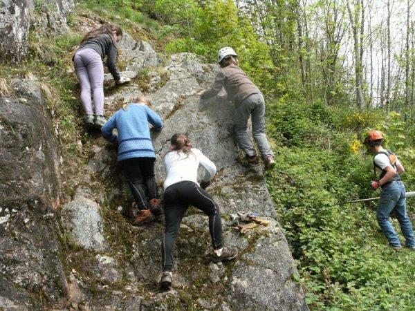 Mai 2014 Nettoyage de la grand'Roche à Cornimont