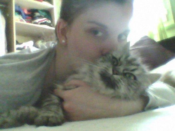 Moi et mon chat ma mimi