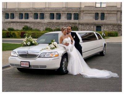 dit lui jtm dans une limousine