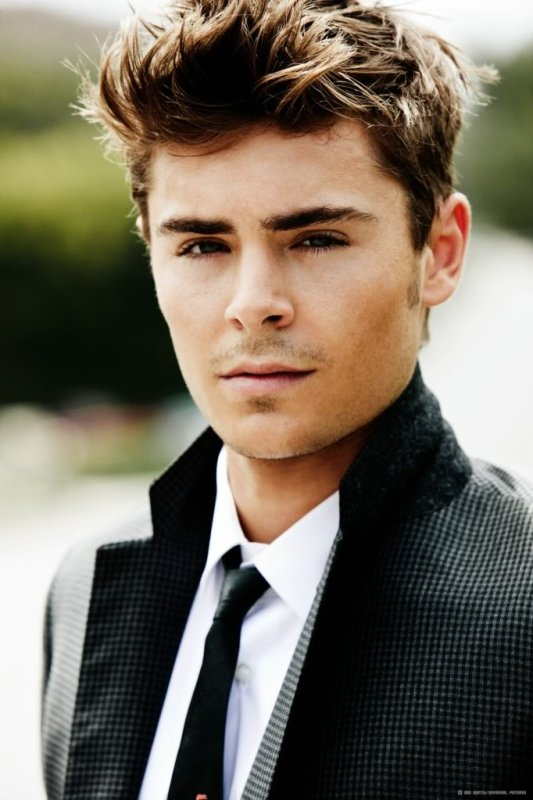 personnage23:Zac Efron
