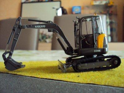 Minipelle VOLVO EC45 et la Minipelle VOLVO ECR48C