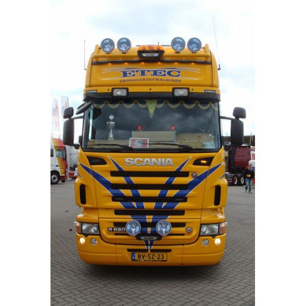 SCANIA SEMI PORTE ENGINS ETEC model réserver