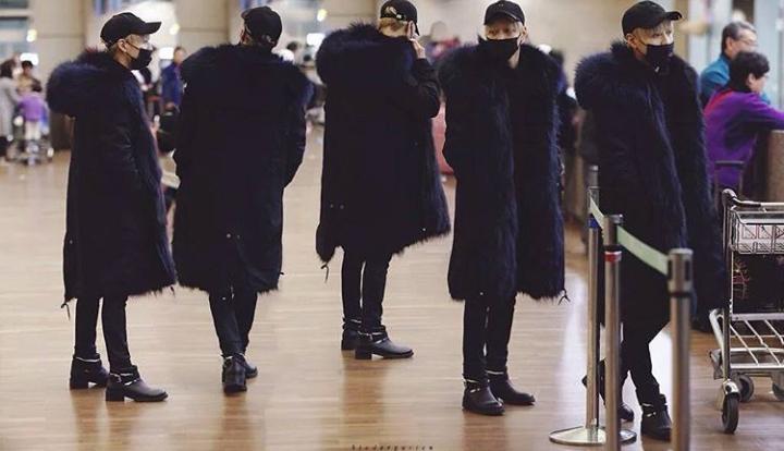 TaeMin en direction du Japon avec le groupe.