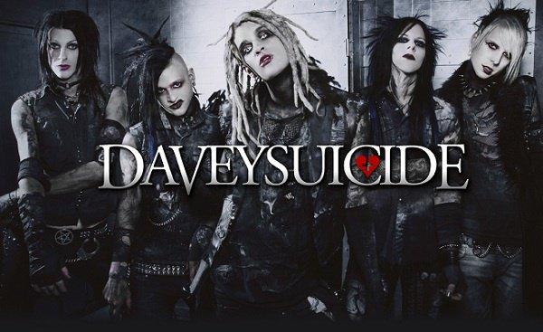 ---->Davey Suicide<----