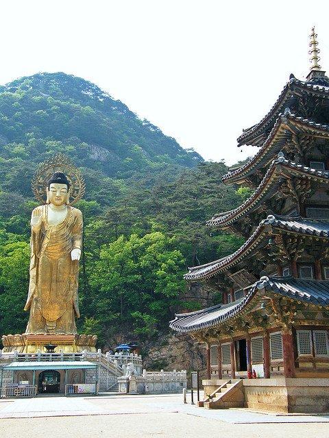 • Temple