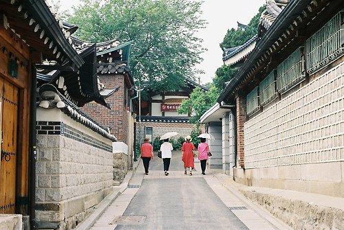 • Hanok village