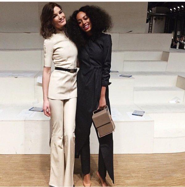 Solange knowles au marathon de la fashion week a paris