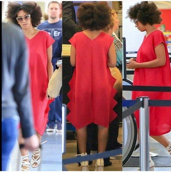 Solange Knowles a los angeles ! Moi qui croyait qu elle avait défriser ces cheveux!