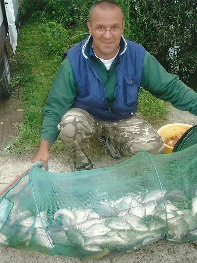 photo retrouvée d'une bonne partie de pêche