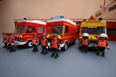 Blog de conflent66 page 7 le nouveau centre de secours - Playmobil samu ...