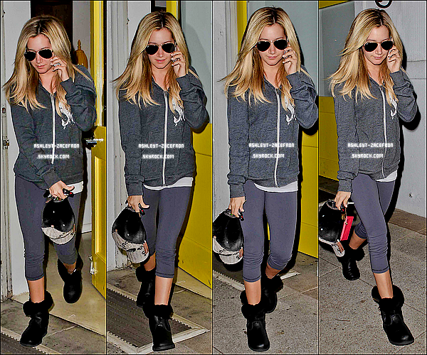 - 18/01/12 : Ashley a été vue quittant le Salon Byron et Tracey a Beverly Hills. -