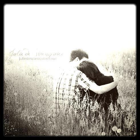 """J'aurais tellement aimé ne pas le croire quand il me disait """" Je ne veux pas te perdre""""."""