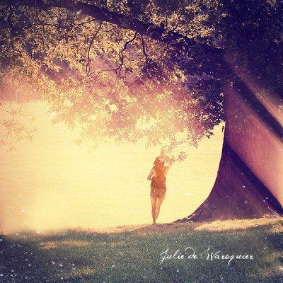 On n'oublie pas quelqu'un, on apprend à s'habituer au vide qu'elle a laissé.