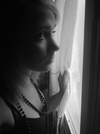 Il ne m'a pas dit qu'il ne m'aimait plus, ni qu'il m'aimait encore.