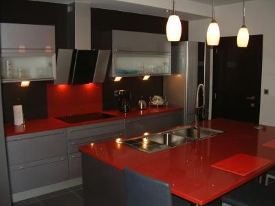 cuisine grise fabrice. Black Bedroom Furniture Sets. Home Design Ideas