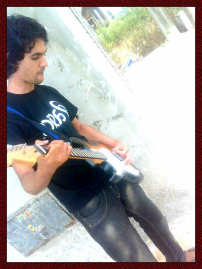 C  Moi And My Guitarr ^^