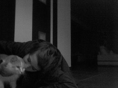 Mon bébé d'amour je t'aime <3 <3 J'suis gaga d'mon chat et alors !!