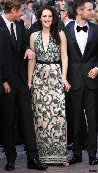 """Kristen Stewart a Cannes le 23/05/12  présente """"On the road"""" soirée Gala"""