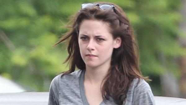 100% New !  Kristen Stewart  100% Déprimer