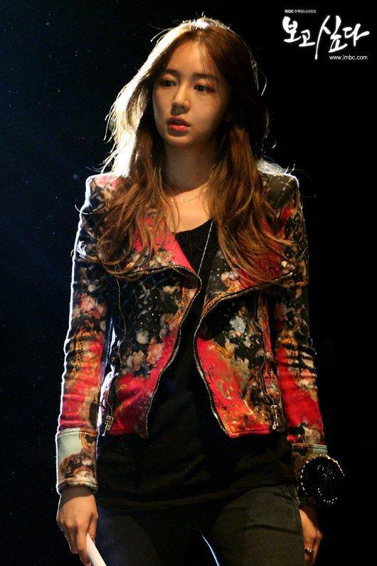 I Miss You : Les ventes des vêtements et accessoires portés par Yoon Eun Hye explosent