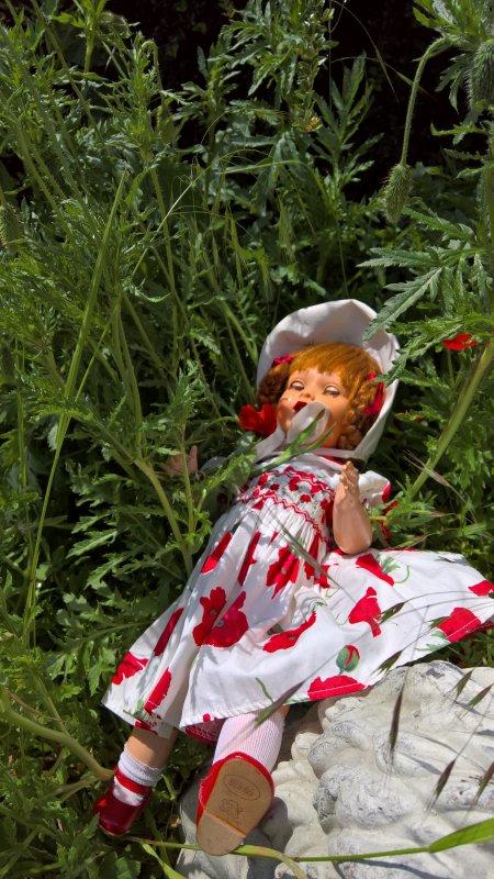 Véronique de Raynal, la petite fille aux coquelicots !